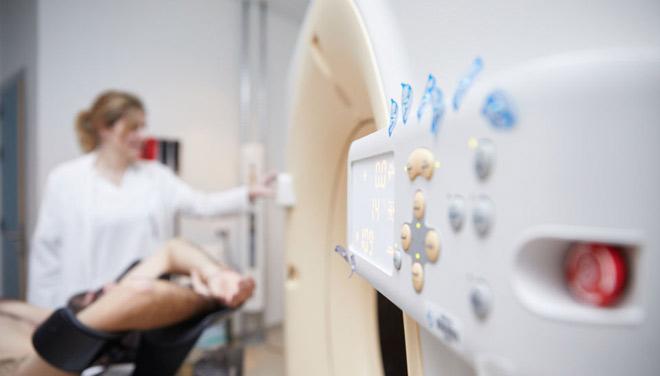 Investigadores del CIBER-BBN y la UAH desarrollan una terapia contra el cáncer de próstata basada en nanofármacos
