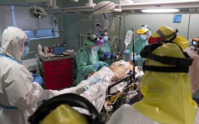 Médicos del hospital La Paz  y de Atención Primaria de Madrid descubren que la infección por COVID 19 también afecta a la lengua, manos y pies de los pacientes